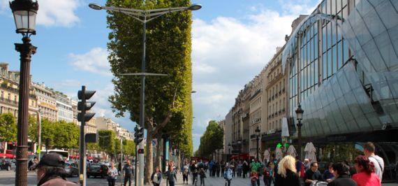 Vlog #4 Pronouncing French Tourist Sites