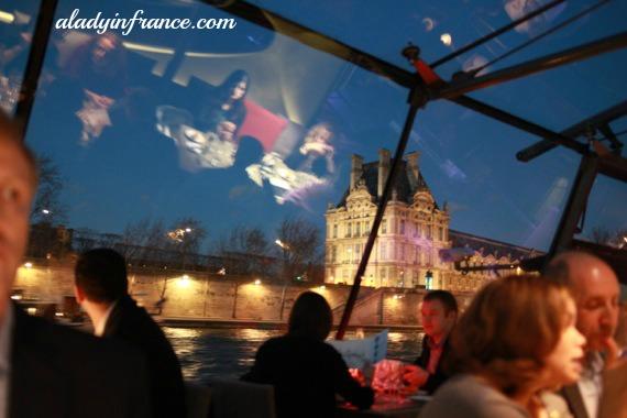 bateaux parisiens09