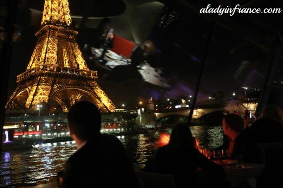paris boat1